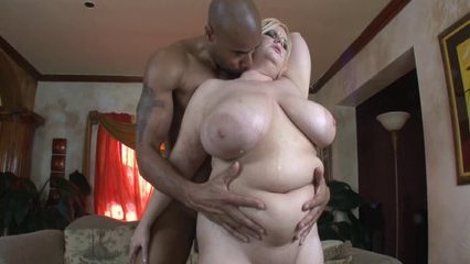 Fat ass and her natural tits - Fat porn