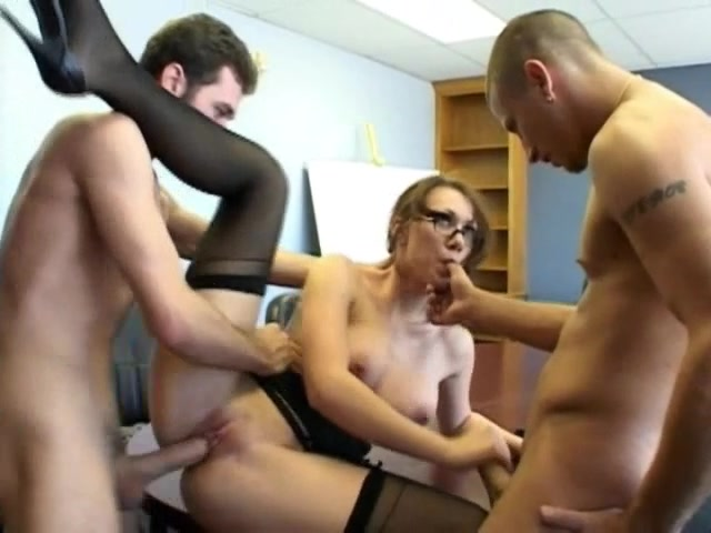 Coffee Break At The Office Turns Into A Full Swing Mmf Threesome