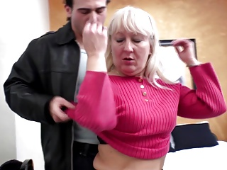 Old and young hot couple - mom on not her son
