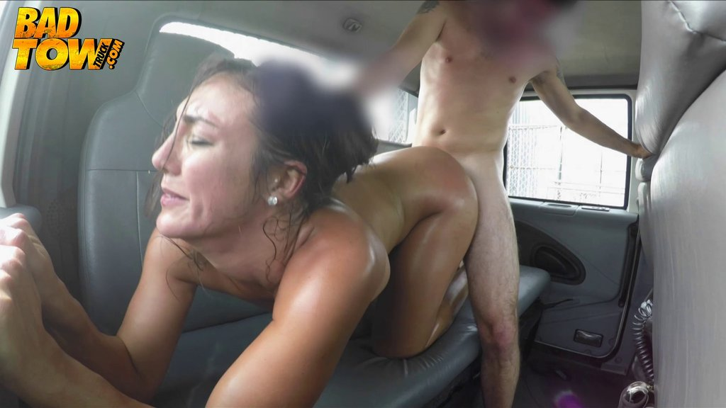 Voyeur Footage Of A Couple Fucking In Their Car In A Parking Lot