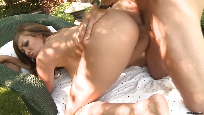 Cassidy Banks has her pussy shafted in the garden | PornTube ®