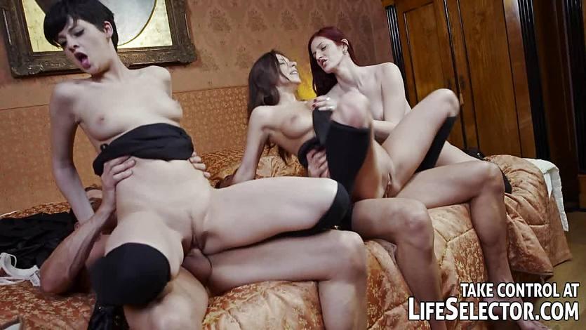 Naughty College presents the horniest schoolgirls ever | PornTube ®