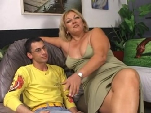 Italian Mature Fucks Whit Young Boy