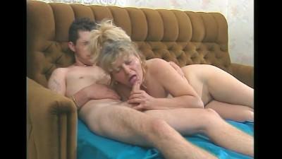 Granny Cock Sucker - Mature sex video
