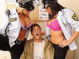 Sex policjantki Shyla Stylez i Lezley Zen