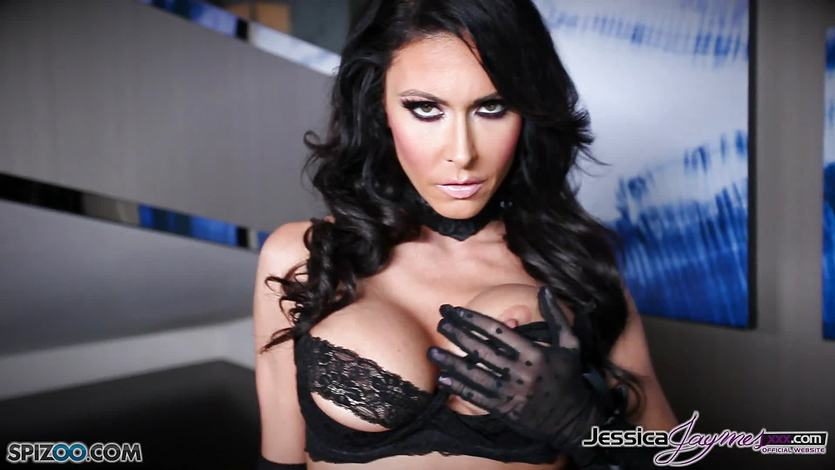 Hot brunette babe Jessica Jaymes messing with her muff | PornTube ®