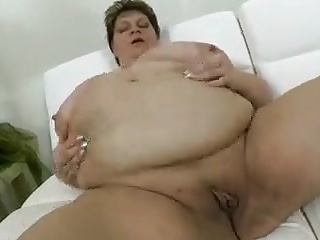 very thick gorgeous momma