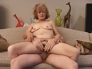 Granny gets fucked on couch