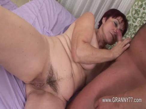 Super granny love deep fuck