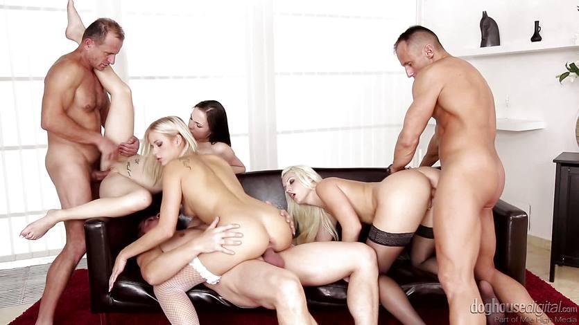 Deeply double penetrating swingers orgy | PornTube ®