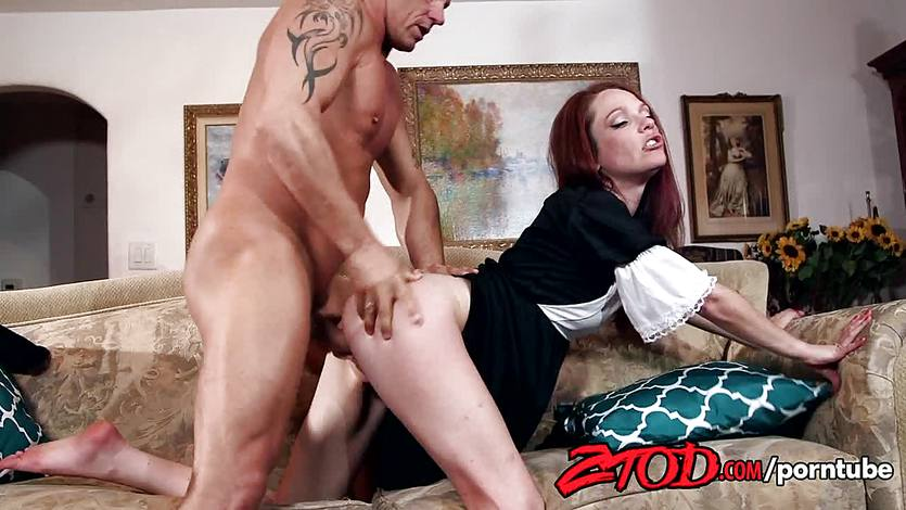 Innocent redhead Kassondra Raine wants to | PornTube ®