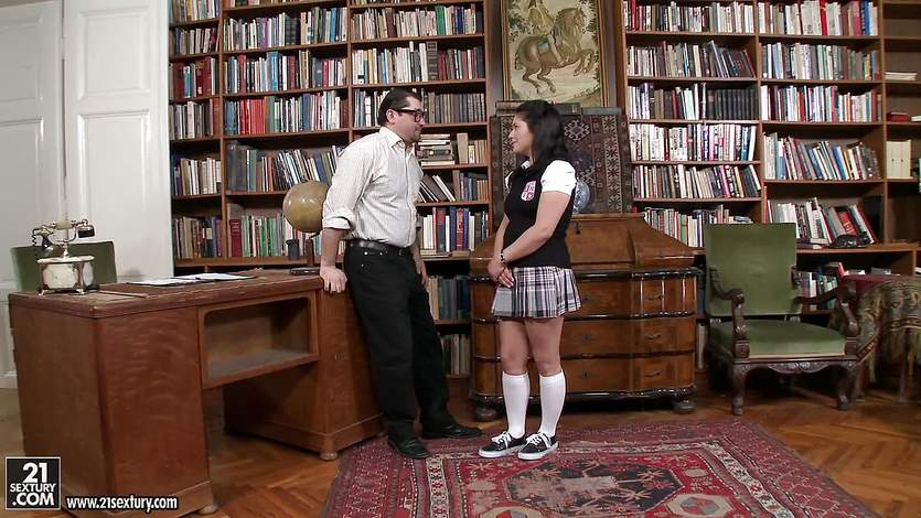 Naughty schoolgirl fucks her teacher | PornTube ®