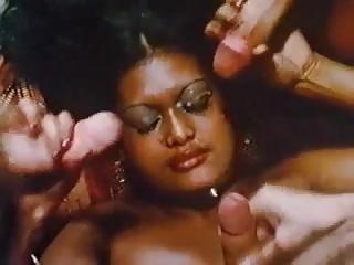Die Abenteuer des Sex Diplomaten (1979)