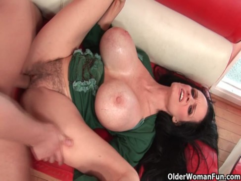 Big titted gilf Sofia Staks gets cum glazed