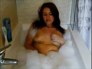 Bubble Bath Bate