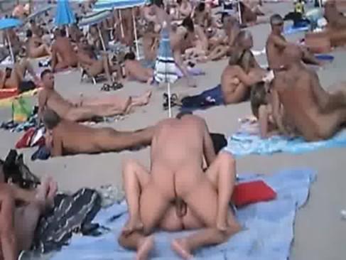 Amateur plage publique sex cum compil - navvanx.com - xHamster.com