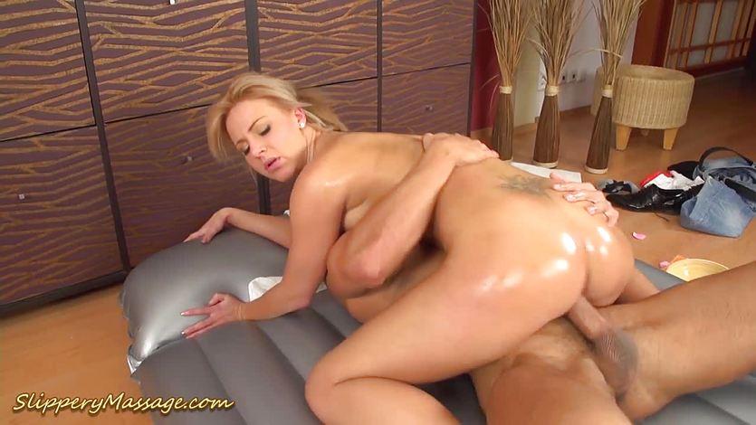 Teen loves slippery nuru massage sex | PornTube ®