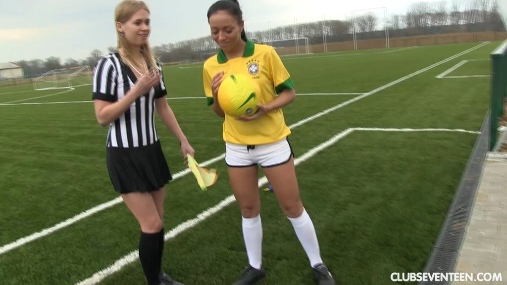 A Female Soccer Player And Female Ref Eat Pussy After A Match