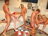 Sex party z pijanymi nastolatkami