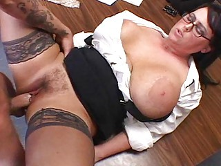 Secreatary Whore with Huge Boobs Gets Fucked
