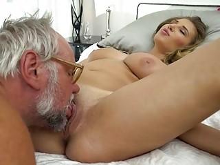 19yo Aida Swinger is banged by a grandpa