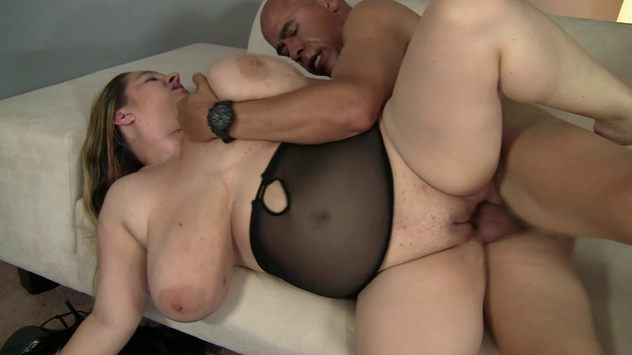 Fat Slut Blows The Black Guy And Gives Him Her Pussy