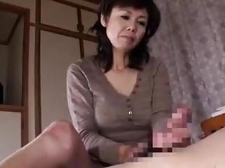 japońskie filmy porno mamuśki