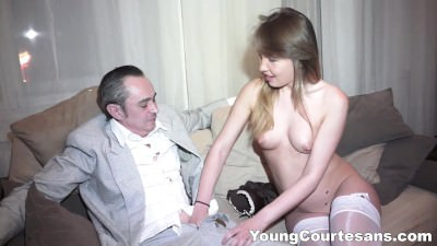 Courtesan pussy creampied - Porn Video 911