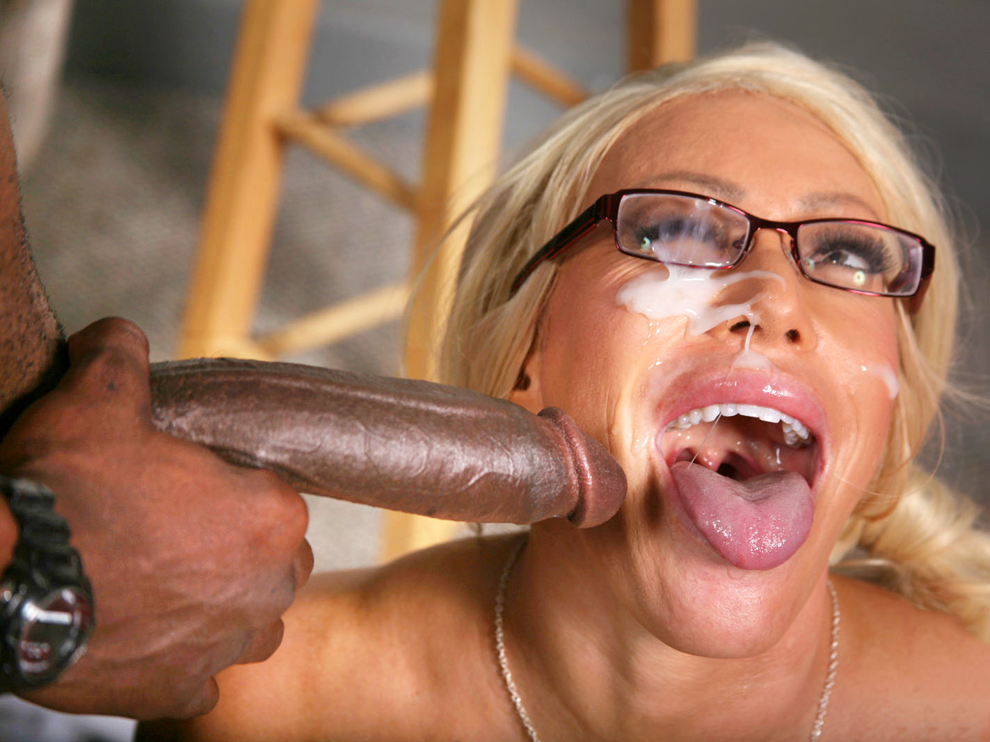 Busty Cougar Alexis Diamonds gets BBC Anal on GotPorn (5883261)