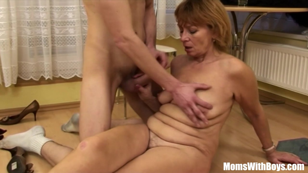 Cock Hungry Blonde Mama Fucked By Young Tee