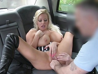 Huge boobs blonde passenger gets banged in the bac (New! 3 Dec 2016) - Sunporno