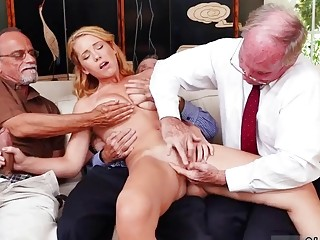 Old virgin Frankie And The Gang Tag Team A Door To Door Saleswoman (New! 28 Dec 2016) - Sunporno
