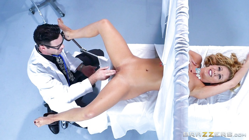 MILF Cherie Deville pussy pleased at the gynecologist