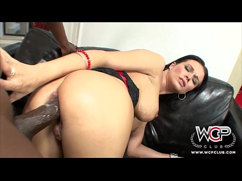 Stunning Anal Cuckold housewife