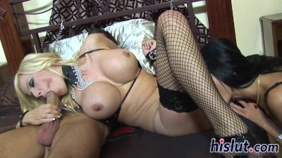 One big rod for two raunchy lookers - Porn Video 791
