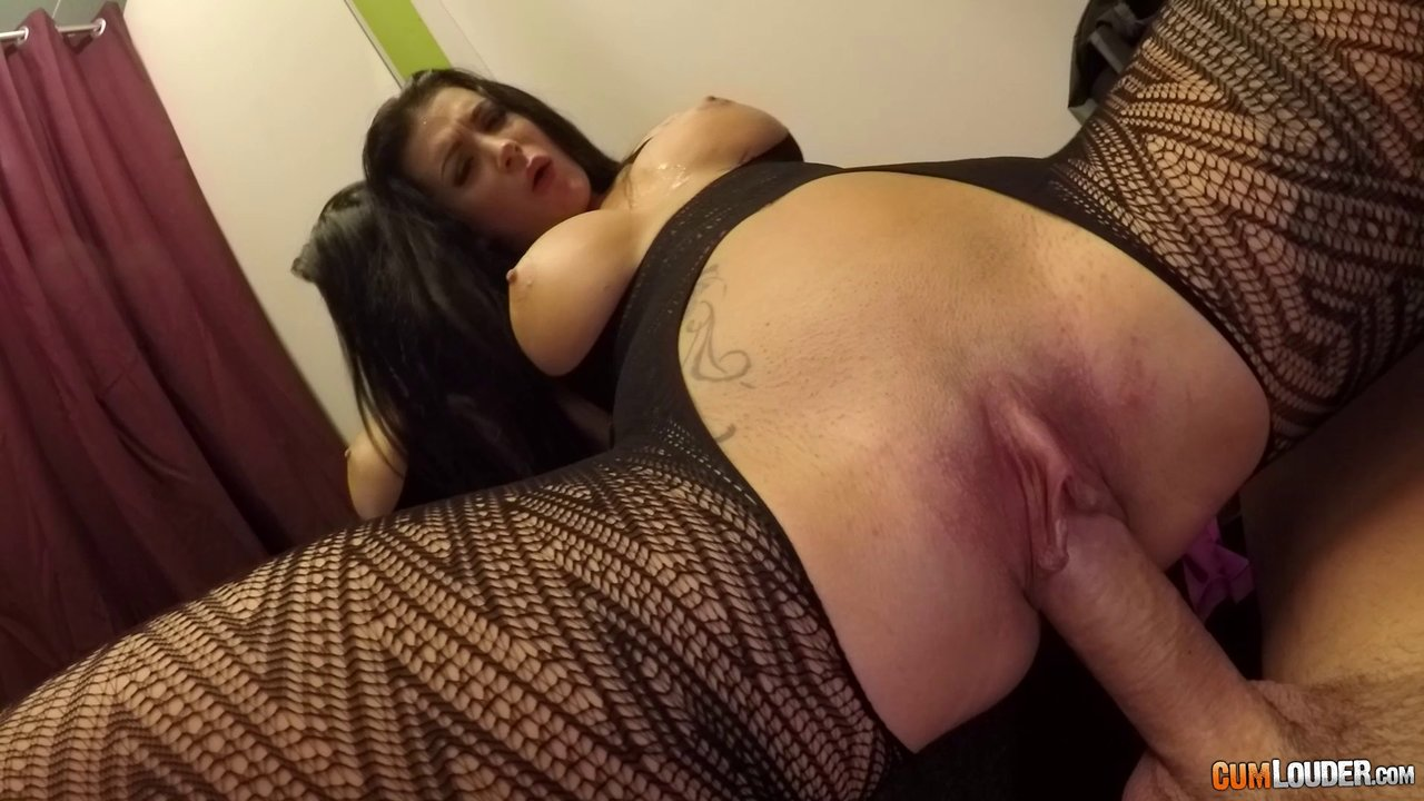 Busty Chick Sucking A Fat Cock In A Dressing Room And Riding It