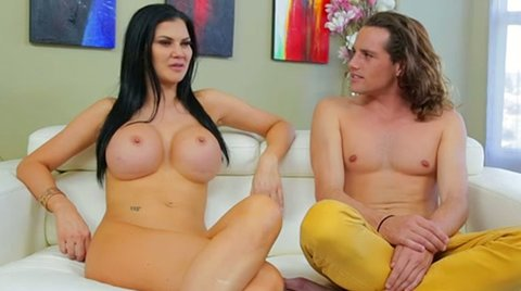 Busty exhibitionist Jasmine Jae is a fun person to be around - Big Tits porn