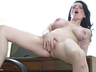 Amateur mature bigtit mom hungry fuck fuck