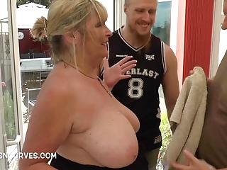 Mature Alisha Rydes fucked her gardeners