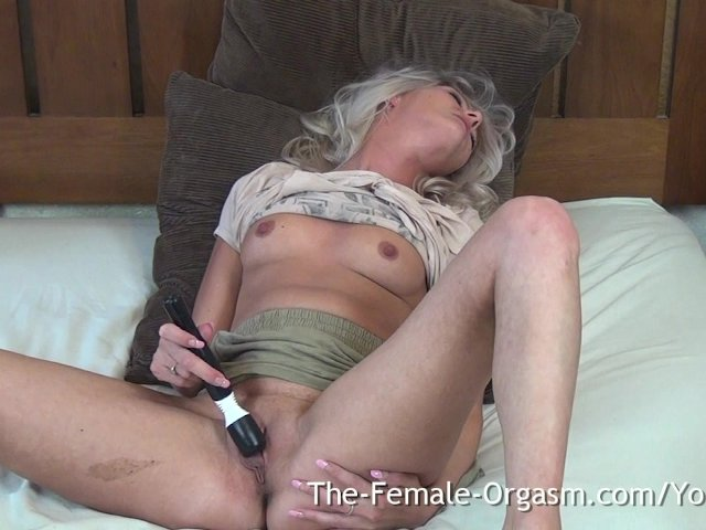 Busty blond mommy Karen Fisher gets banged in mish style after hot oral session - Big Tits porn