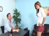Sexowna uczennica w sekretariacie